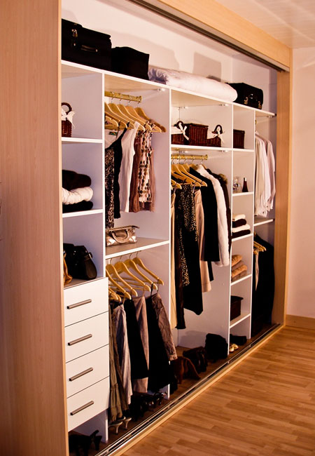 Gliderobes Sliding Fitting Wardrobes Quality Hand Made to Order Bedroom Furniture Portrait Image 006